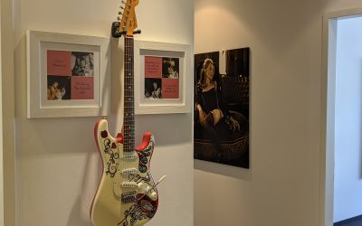 Weekend begins with a special Stratocaster